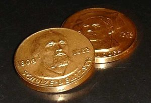 2-Gedenk-Goldmedaillen-Schulze-Delitsch